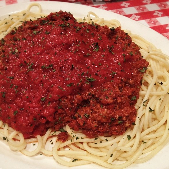 Spaghetti with Bolognese Sauce @ Sargent Peffer's