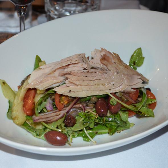 Trancio di tonno con verdure di stagione - Farina, San Francisco, CA