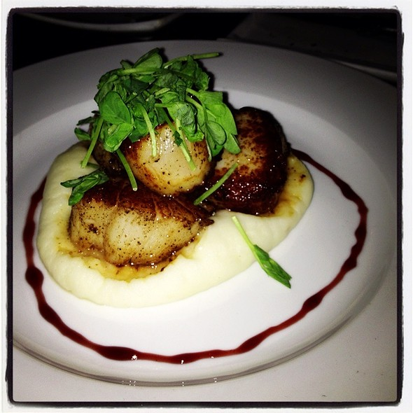Jumbo Sea Scallops With Mashed Potatoes - Beso, Hollywood, CA