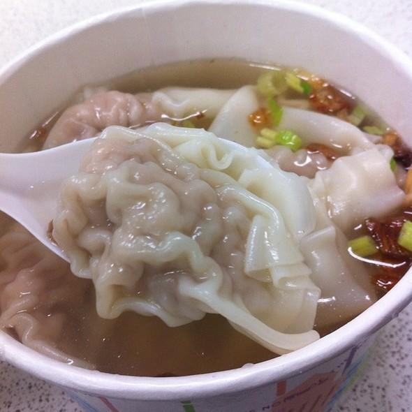 Wonton Soup @ 液香扁食