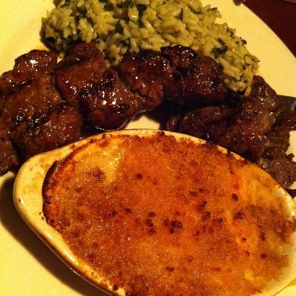 Steak Tips @ Grassfields Food & Spirits