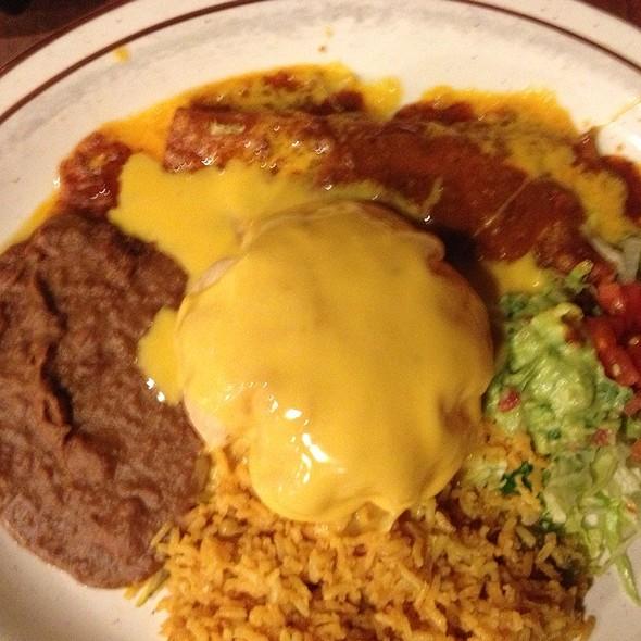 El Chapparo @ Los Cucos Mexican Cafe