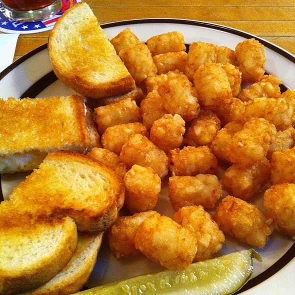 Gourmet Grilled Cheese With Tots @ Rogue Wolf Eel Cafe