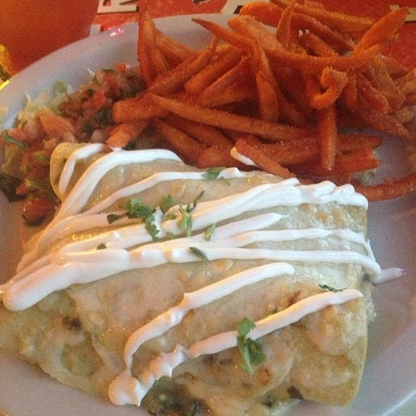 Enchiladas Suizas @ Taco Mamacita
