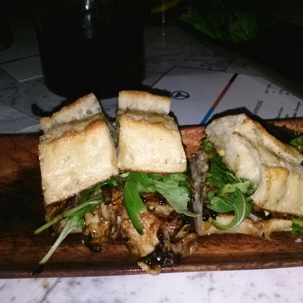 pork loin sandwich @ Tabla