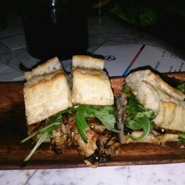 pork loin sandwich @ Tabla