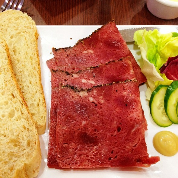 Beef Pastrami Sandwich @ New Zealand Natural @ Safra TPY