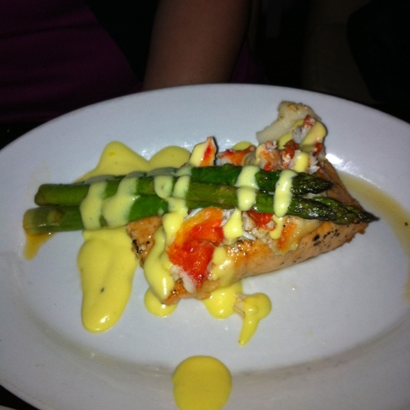 Salmon With Lump Crab And Asparagus