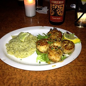Seared Scallops With Green Chile Rice