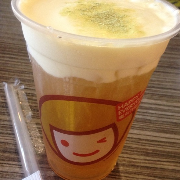 Green Tea With Rock Salt And Cheese @ Happy Lemon