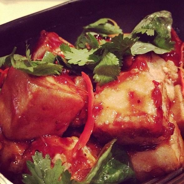 Tofu Salad Nong Dressing