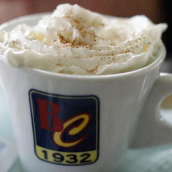 Cappuccino @ Bar-Restorant Antika