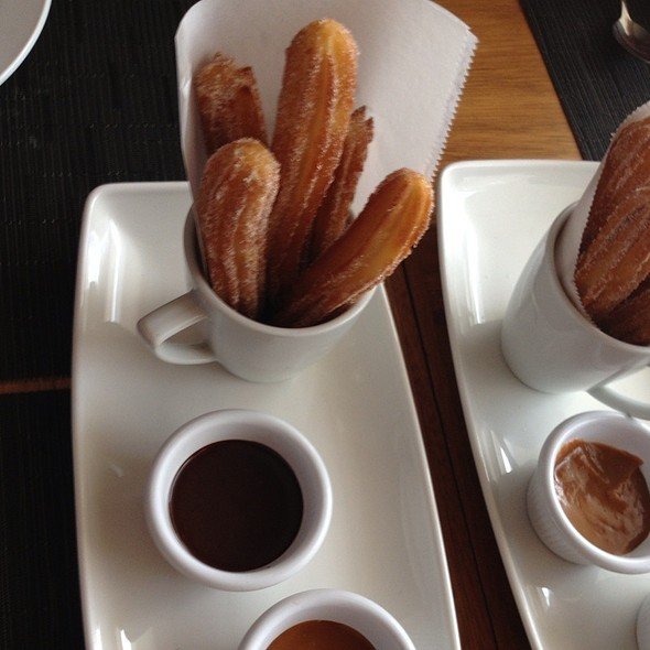 Churros @ Gallo Pinto
