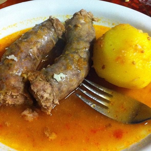 Chorizos Cocidos  @ El Roble