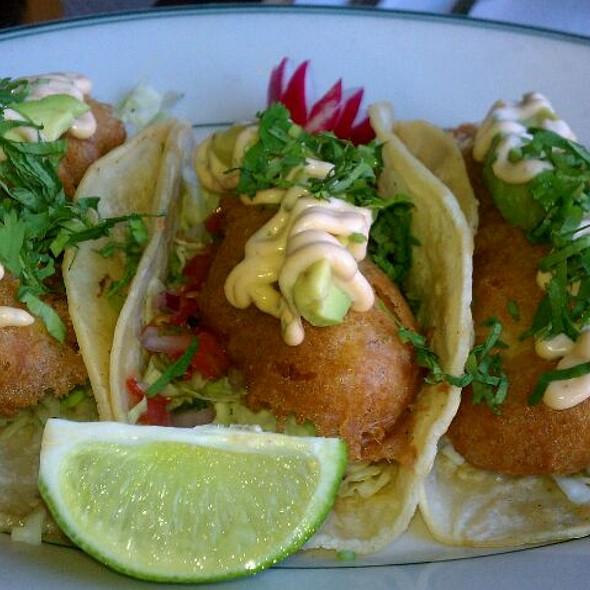 fish tacos @ Woodhouse Fish Company