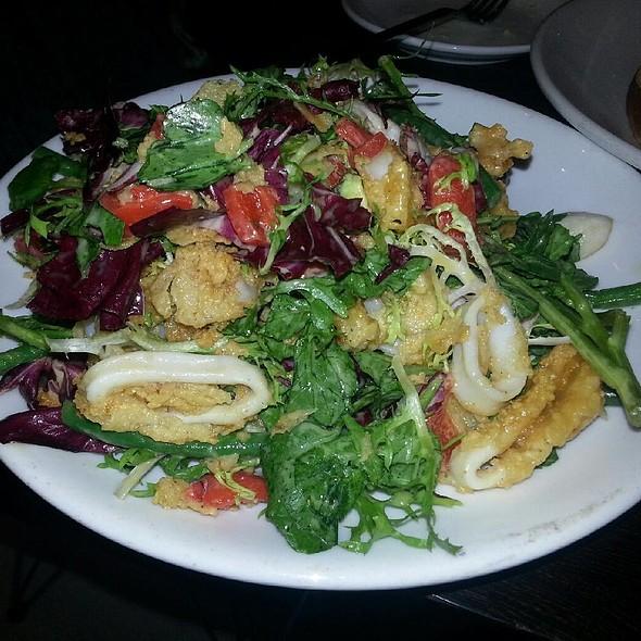 Crispy Calamari Salad @ Cafeteria