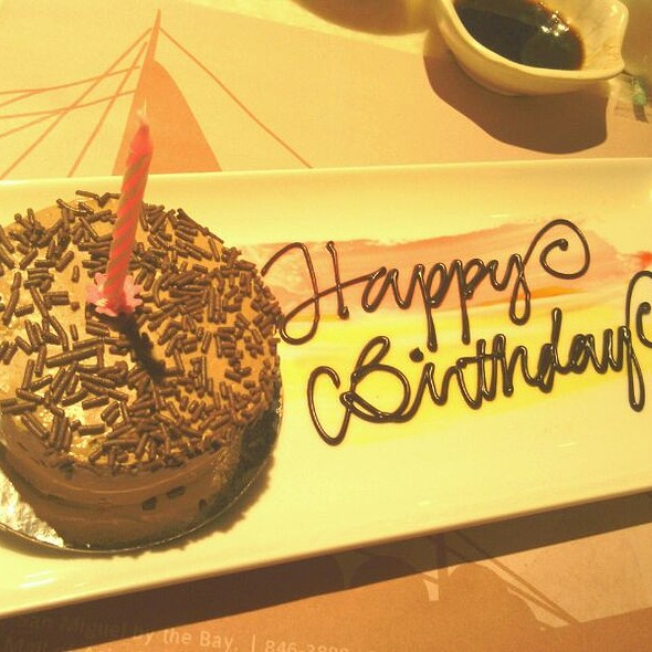 Birthday cake @ Vikings Luxury Buffet