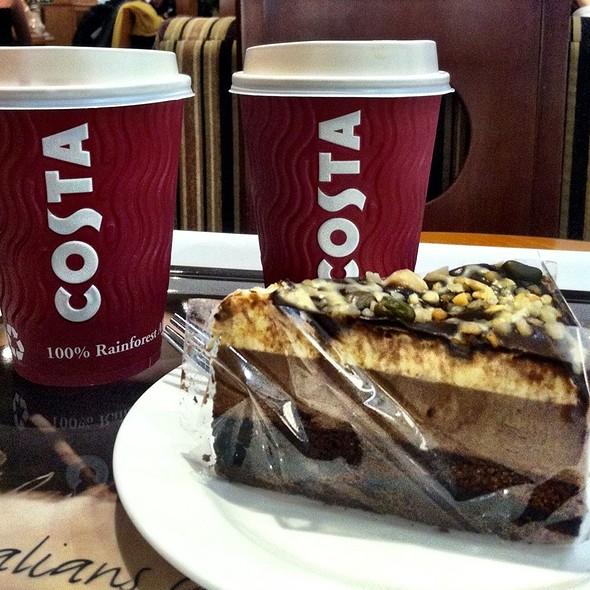 Chocolate Nougat Cake @ Costa Coffee