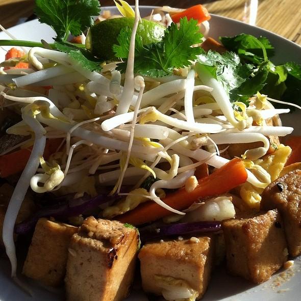 Pad Thai @ Noodles & Company