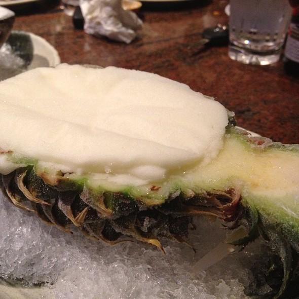 Pineapple Ice Cream @ Pho Kim Long II