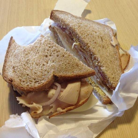 Turkey Sandwich @ Hennessy's Wine & Spirits