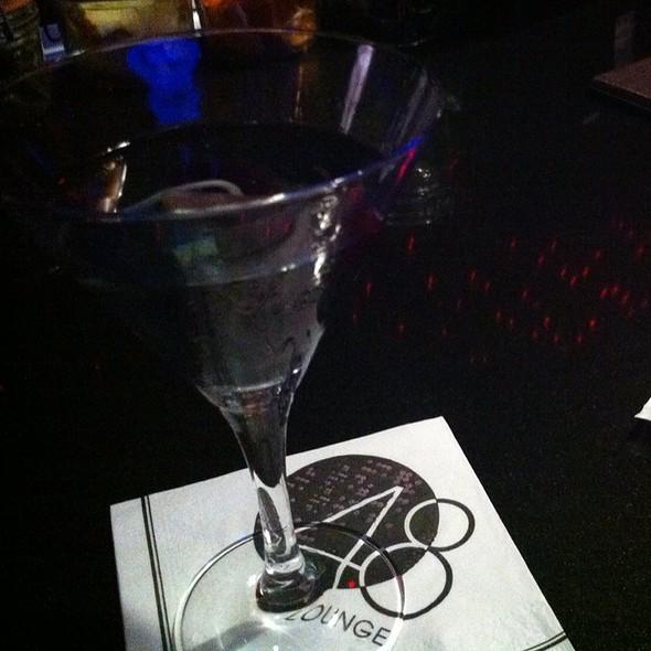 Violet Kiss @ 48 Lounge