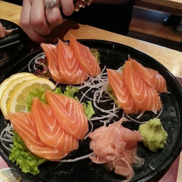Salmon Sashimi @ Fujiyama