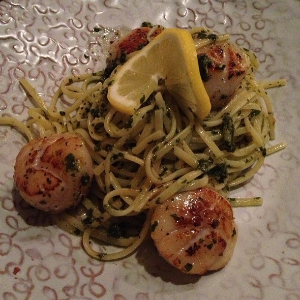 Scallop Linguine @ Spoil Cafe