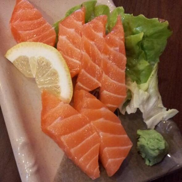 Salmon Sashimi @ Kazuki