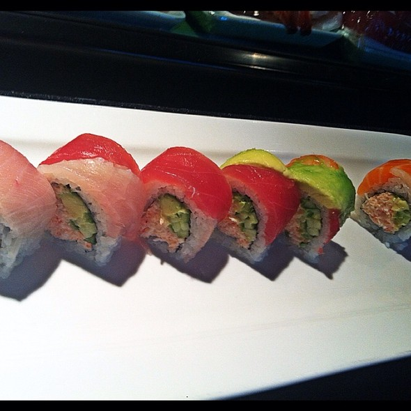 Rainbow Roll - The Blue Fish - Greenville Ave, Dallas, TX