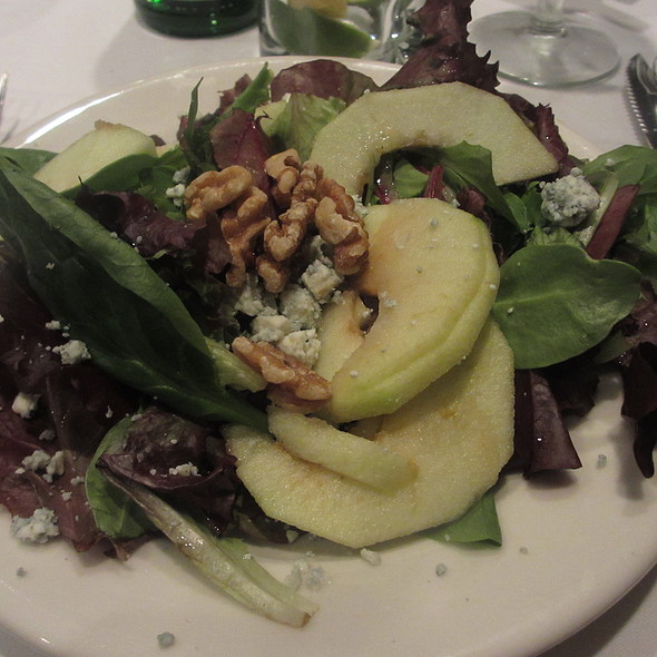 Mixed Green Salad with Apples, Walnuts and Bleu Cheese - Morton's The Steakhouse - Schaumburg, Schaumburg, IL