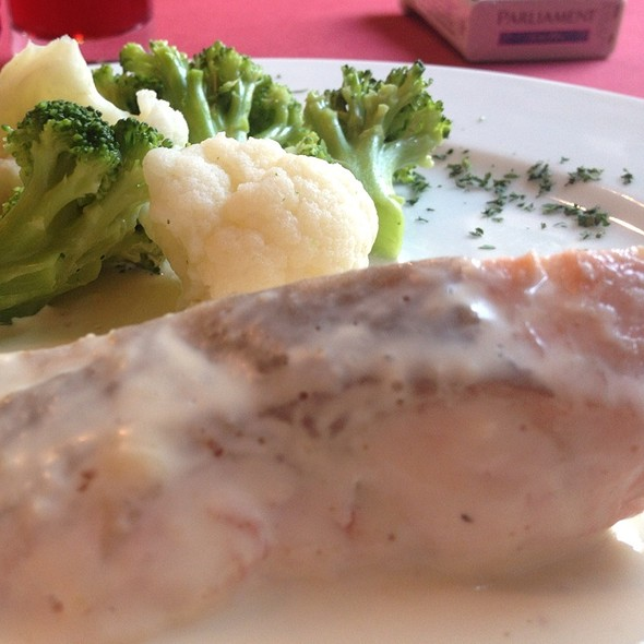 Salmon With Cream Sauce And Vegetables @ La Famiglia