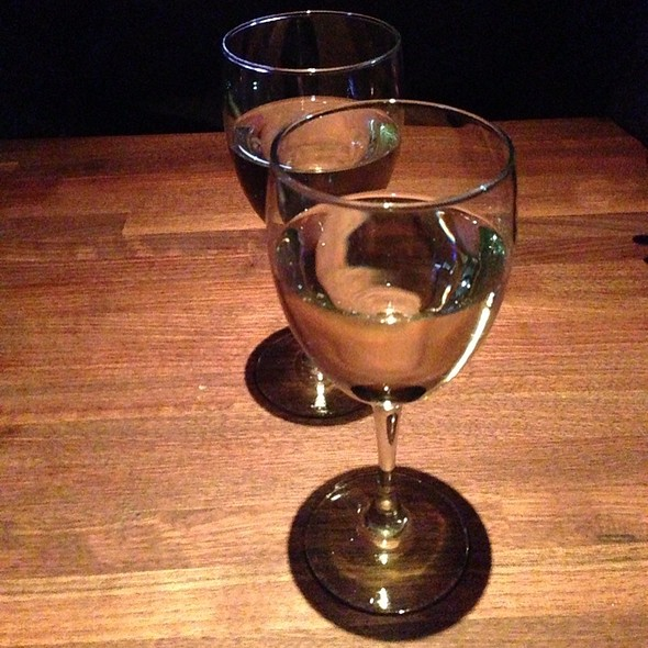 Moscato @ Cheddar's Casual Cafe
