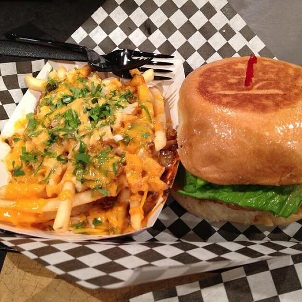 Kimchi Fries & La Burger @ L A Burger
