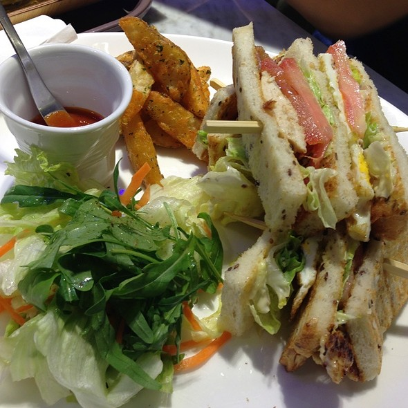 Club Sandwich @ Paris Baguette (Wisma Atria)