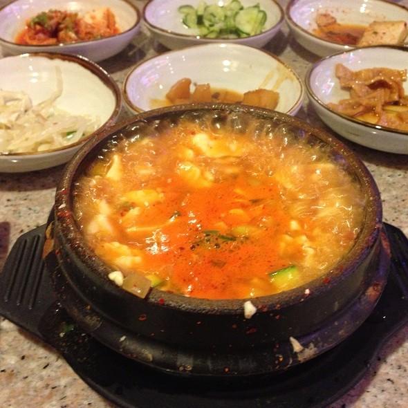 Soft Tofu Soup @ Songpa Yukejang