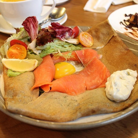 Galette With Smoke Salmon