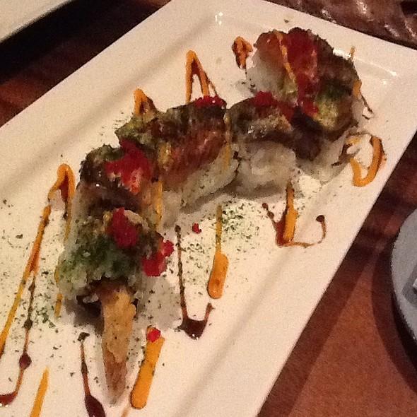 red dragon roll @ Doraku Sushi