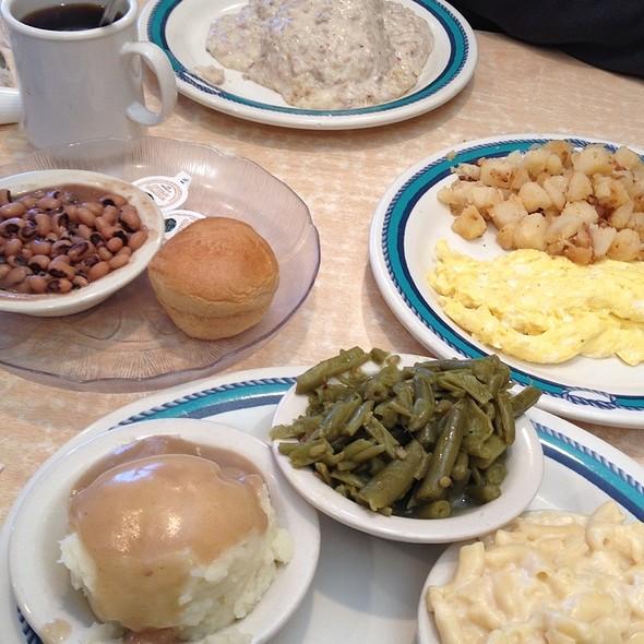 Mary's Restaurant @ Mary's