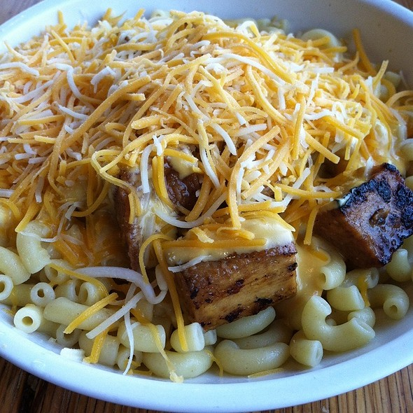 mac n cheese @ Noodles & Company