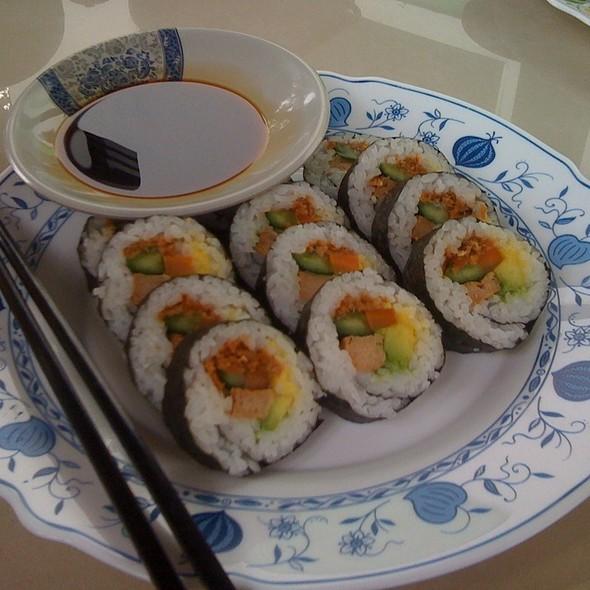 Vegetarian Sushi @ Para Té