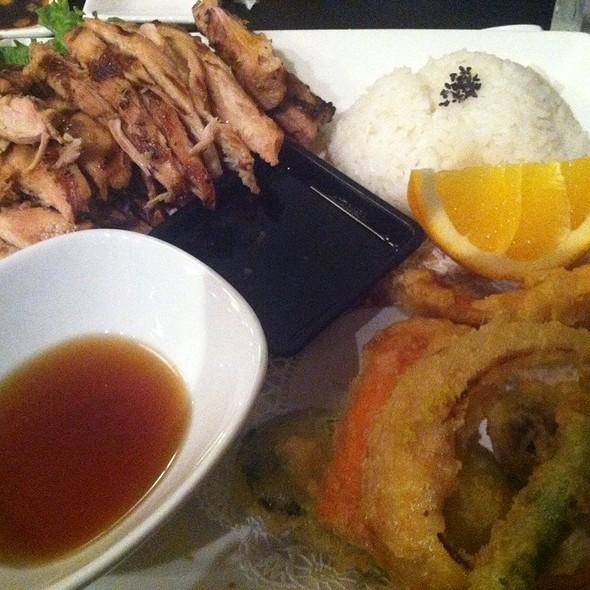 Blue fish sushi bar the menu south jordan ut foodspotting for Jordan s fish and chicken menu