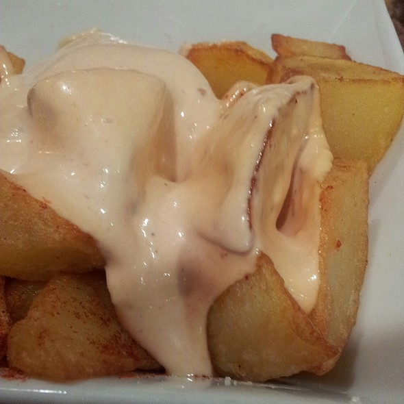 Patatas Bravas @ Art Al Bar