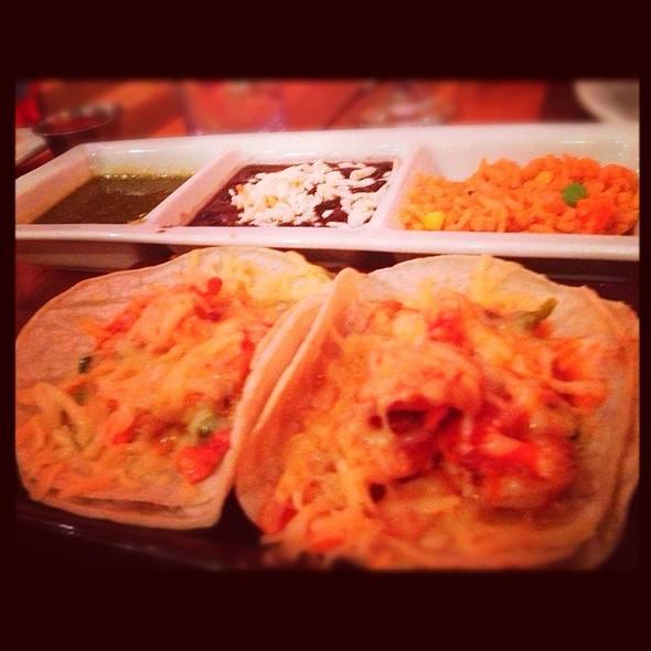 Tacos de camarones - Mago Grill & Cantina - Bolingbrook, Bolingbrook, IL