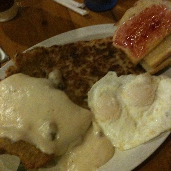 chicken fried steak and eggs @ Jennifer And Todd's Cafe Soleil