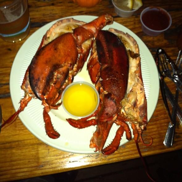 Whole Maine Lobster @ Reel Inn Fresh Fish Restaurant
