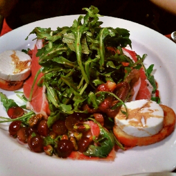 Warm Goat Cheese and Prosciutto Salad @ 202 Cafe