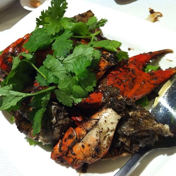 Black Pepper Crab @ JUMBO SEAFOOD Riverside Point