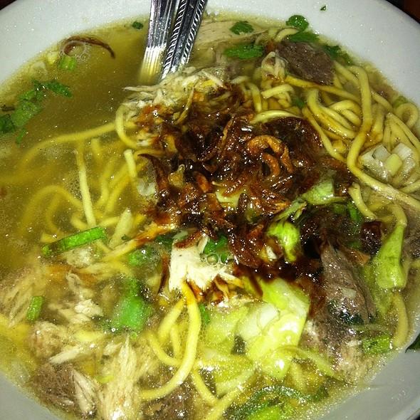 Mie Cakalang @ Wakeke Komplex Wisata Kuliner Bubur Manado