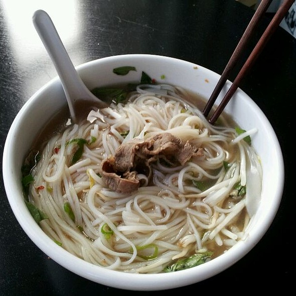 Combination Beef Pho @ Phonation Food Truck